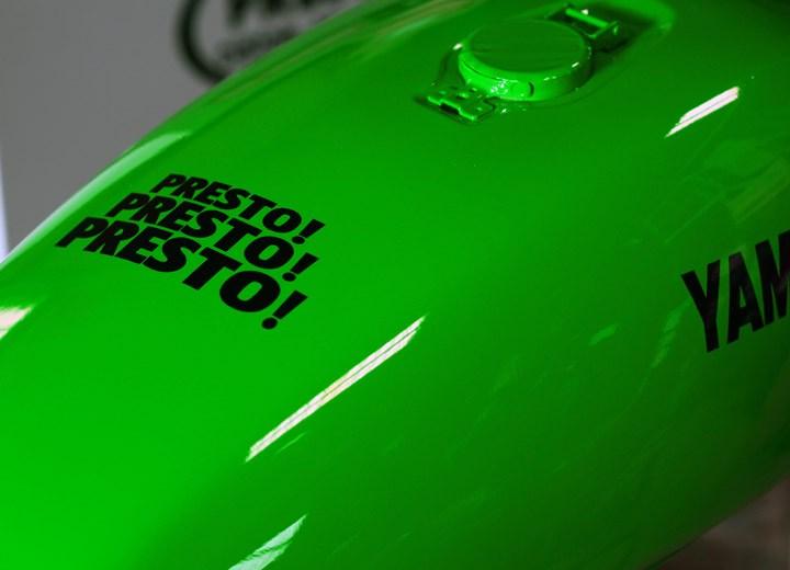 SR400 ウレタンペイント